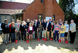 Ground breaking ceremony group shot